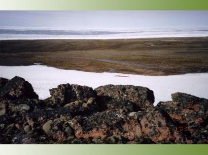 Остров Жохова. Гребень маленькой красной горы