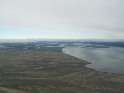 Левый берег и Главное русло Лены к северу от острова Тит-Ары